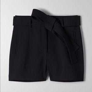 Aritzia Jallade/Tie Front Short